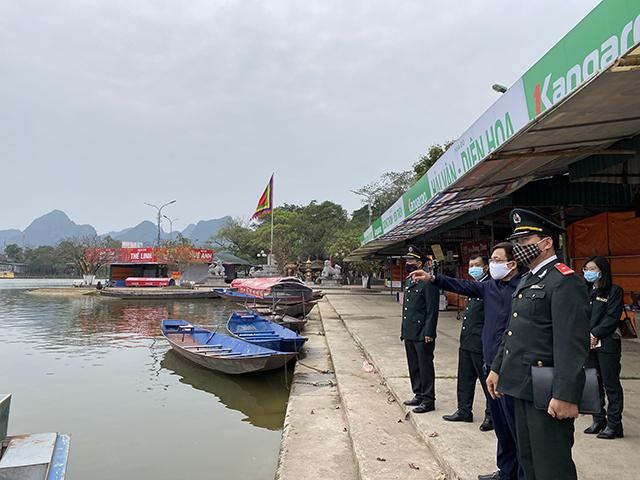 Kiểm tra công tác phòng, chống dịch Covid-19 tại di tích Chùa Hương