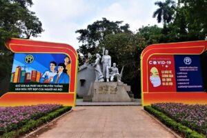 Sở Văn hóa và Thể thao gắn việc triển khai xây dựng người Hà Nội thanh lịch, văn minh với phòng, chống dịch COVID – 19