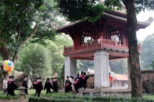 """Tọa đàm trực tuyến """"Đánh thức tiềm năng văn hóa Việt"""""""
