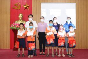 Phú Xuyên: Đảm bảo mọi trẻ em sống trên địa bàn đều được vui Tết Trung thu